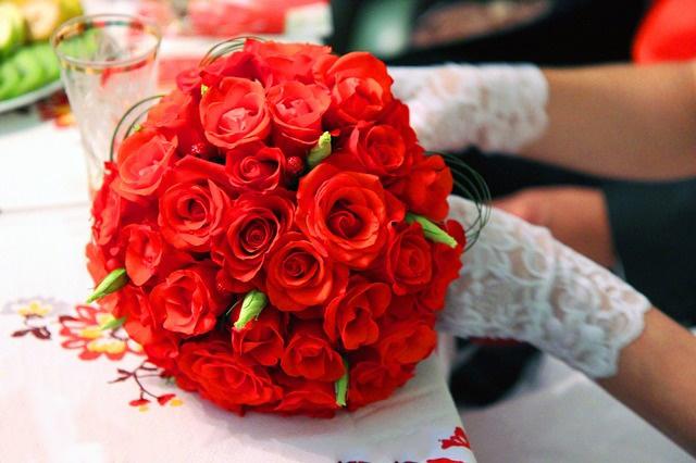 Tema Matrimonio In Rosso : Sposa sposi rosso matrimonio perfetto