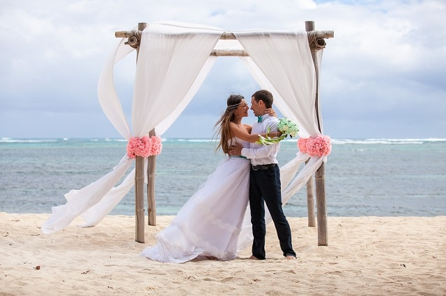 Matrimonio Spiaggia Salerno : Matrimonio in spiaggia