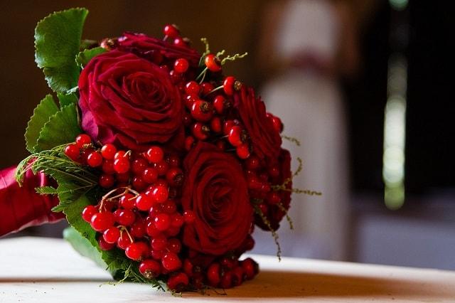 Bouquet Sposa Rosso.Il Bouquet In Rosso