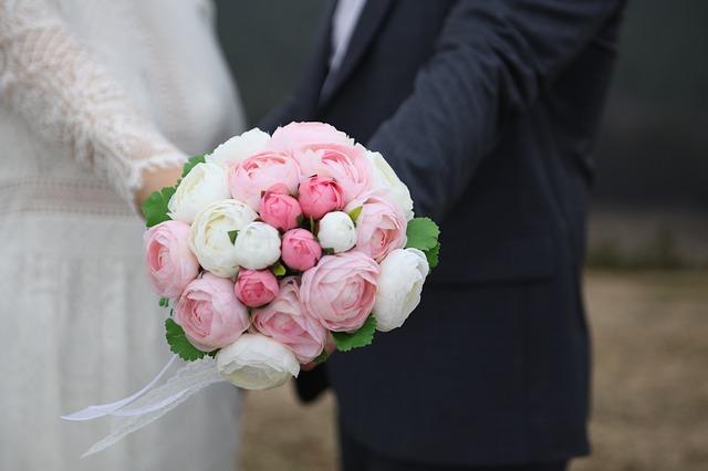 bouquet-2212337_640 (1)